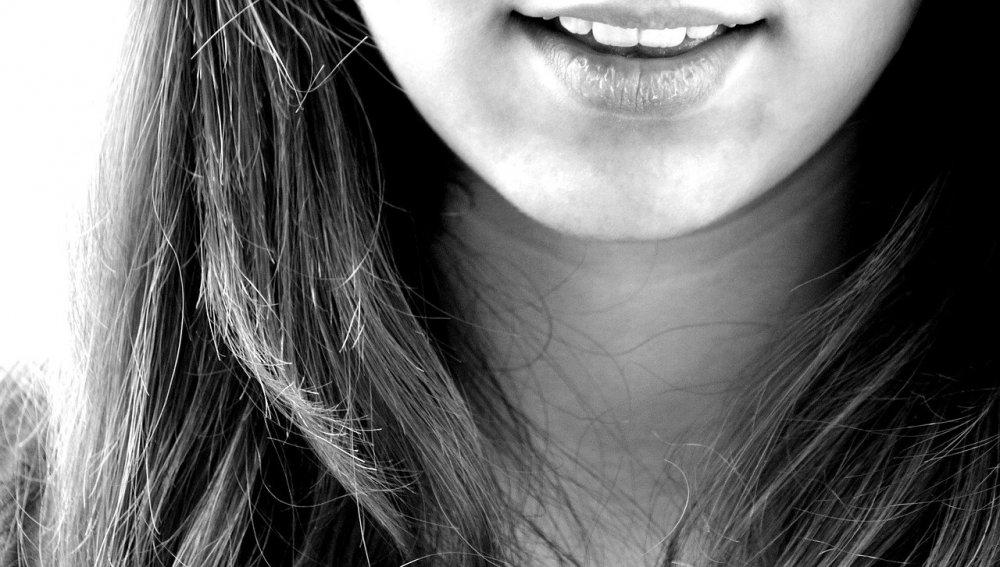 Få en smertefri tandretning med Invisalign